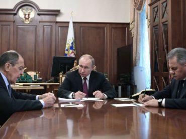 Президент РФ приостановил выполнение договора между СССР и США о ликвидации их ракет средней и меньшей дальности