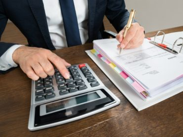 В Астраханской области  вводится налог на профессиональный доход