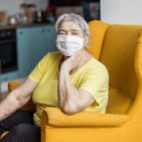 Продлены больничные для работающих лиц старше 65-ти лет