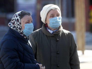 В Астраханской области продлены больничные для лиц 65 лет и старше